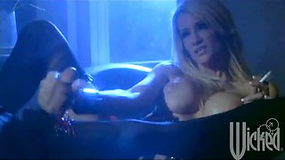 Awesome Handjob By The Sexy Blonde In Lingerie Jessica Drake