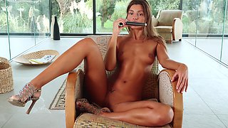 Statuesque Russian model like babe loves fucking her ass with her sex toy