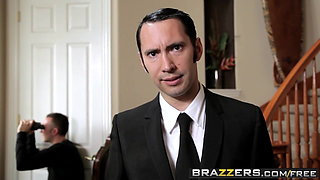Brazzers - Baby Got Boobs - Eva Angelina Keiran Lee - The Tw