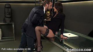 Anal whore brunette fucked in the office