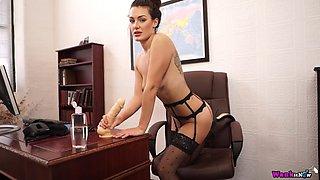laura horny teacher