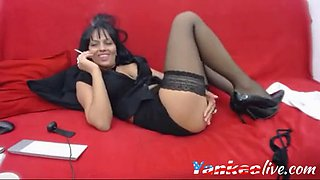 webcam brunette slut smoking and teasing for fun