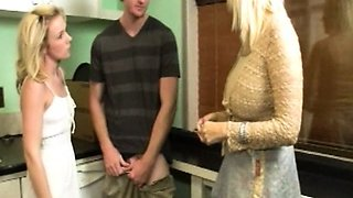 Threeway stepmom cumloaded in the kitchen